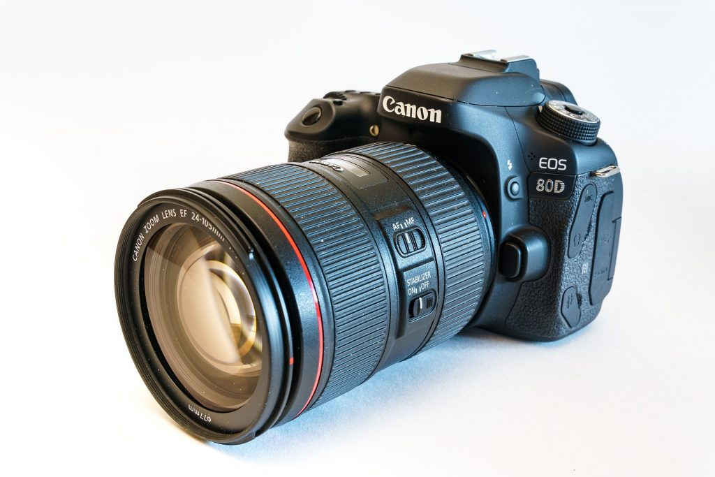 Amazon provides Best DSLR Camera Deals on Canon Camera in 2020.